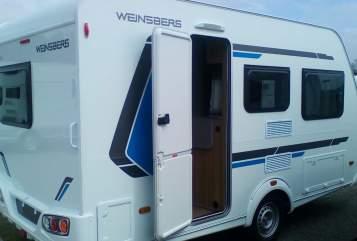 Hire a motorhome in Oer-Erkenschwick from private owners| Weinsberg Reisebüchse