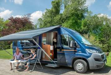 Hire a motorhome in Maasbüll from private owners| Globecar Auerbus