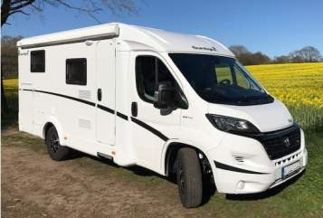 Hire a motorhome in Schwarzenbek from private owners| Sunlight Henry 2