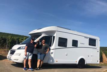 Hire a motorhome in Werkhausen from private owners| Dethleffs Roadrunner