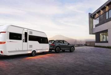 Hire a motorhome in Darmstadt from private owners| Hobby  Hobby Premium