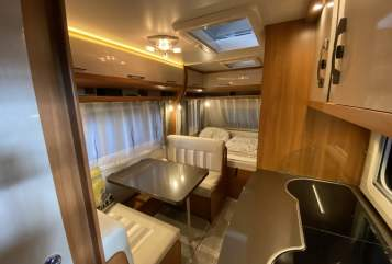 Hire a motorhome in Chemnitz from private owners| Hobby Wohni