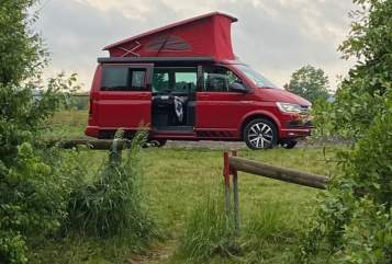 Hire a motorhome in Tübingen from private owners| VW Red Bulli