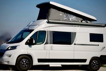 Hire a motorhome in München from private owners| Pössl Franz Xaver