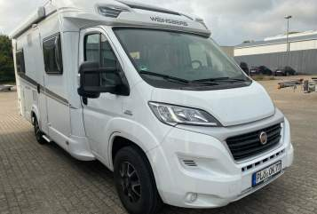 Hire a motorhome in Kiel from private owners| FIAT Ducato 130 Weinsberg CARA