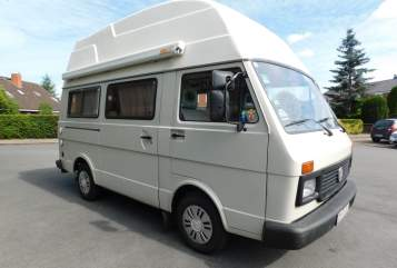 Hire a motorhome in Bremen from private owners| Volkswagen VW LT 28