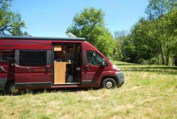 Hire a motorhome in Karlstadt from private owners  Pössl Horst