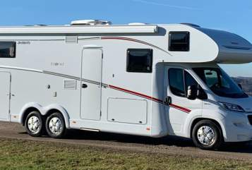Hire a motorhome in Inning am Ammersee from private owners| Dethleffs LUXUS DUMBO