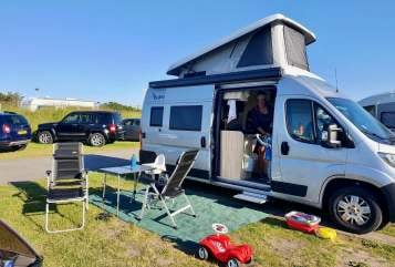 Hire a motorhome in Essen from private owners| Citroen BaMo