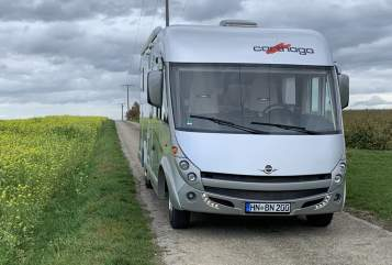 Hire a motorhome in Untermünkheim from private owners| Carthago Nick's Wohni
