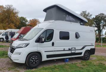 Hire a motorhome in Ilmtal-Weinstraße from private owners| Hymer Erwin