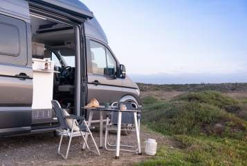 Hire a motorhome in Adelheidsdorf from private owners| VW Neuer GrandCali
