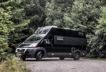 Hire a motorhome in Rostock from private owners| Peugeot Boxer