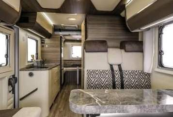 """Hire a motorhome in Dippoldiswalde from private owners  Rimor """"Raumwunder"""""""