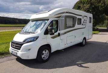 Hire a motorhome in Schwendi from private owners| Hymer ARSU