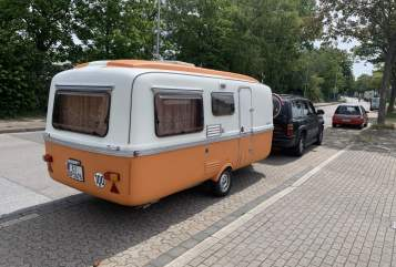 Hire a motorhome in Essen from private owners| Lander Knutschkugel