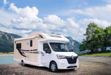 Hire a motorhome in Apolda from private owners| Renault Resi