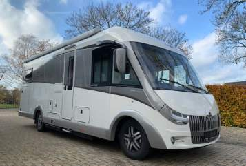 Hire a motorhome in Maurik from private owners| Carthago Carthago