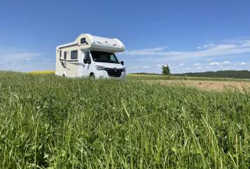 Hire a motorhome in Walluf from private owners  AHORN Stocki