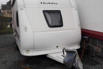Hire a motorhome in Schwarzatal from private owners| Hobby Sunny II