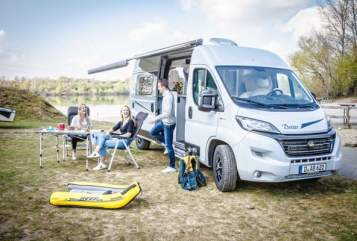 Hire a motorhome in Düsseldorf from private owners| Karmann DX 600 Autom.