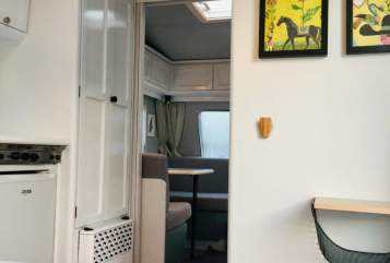Hire a motorhome in Radolfzell am Bodensee from private owners| Bürstner Bürstner