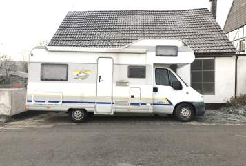 Hire a motorhome in Dortmund from private owners| Bürstner  Gerda