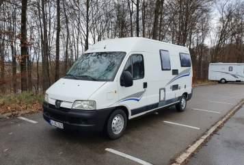 Hire a motorhome in Neubulach from private owners| Pössl Pössli