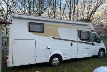 Hire a motorhome in Bochum from private owners  Carado Werner
