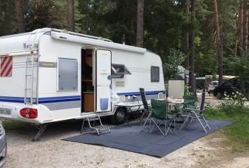 Hire a motorhome in Gersfeld from private owners| Hobby Familia