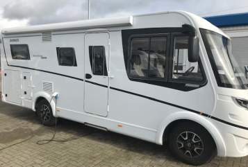 Hire a motorhome in Wendelstein from private owners| Detleffs Emmamobil