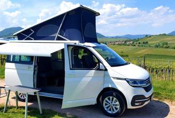 Hire a motorhome in Landau in der Pfalz from private owners| VW Bob (the Bully)