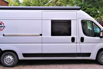 Hire a motorhome in Chemnitz from private owners  Weinsberg CaraBus 600K