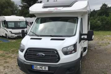Hire a motorhome in Offenburg from private owners| Roller Team Autoroller 266 TL  Emmi