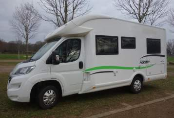 Hire a motorhome in Viersen from private owners| Forster Forster Viersen
