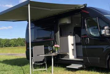 Hire a motorhome in Gehrden from private owners| Roller Team  JoTo 3