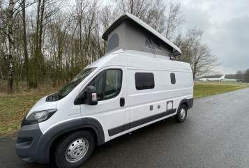 Hire a motorhome in Oldenzaal from private owners| Hymer COMPACT/HEFDAK