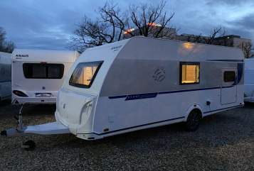 Hire a motorhome in Bad Saarow from private owners| Knaus BIG Familiy