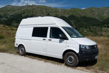 Hire a motorhome in Frankfurt am Main from private owners| VW Bo