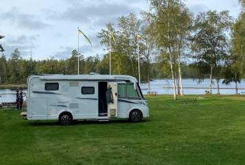 Hire a motorhome in Wuppertal from private owners| Knaus  Oscar