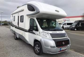 Hire a motorhome in Ilsenburg from private owners| PLA Der GREIF