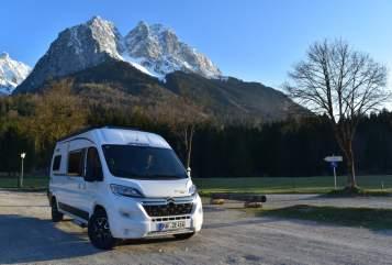 Hire a motorhome in Jetzendorf from private owners| Pössl EuropaEntdecker
