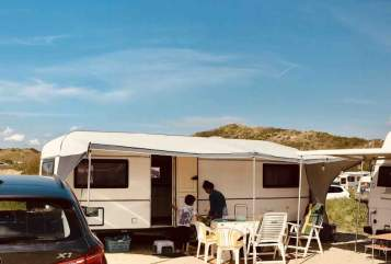 Hire a motorhome in Aachen from private owners| Hobby Hobby Prestige