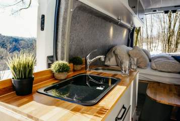 Hire a motorhome in Grünberg from private owners| Ford VANWAY