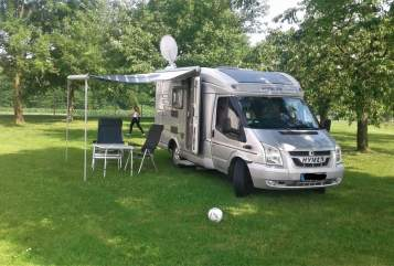 Hire a motorhome in Berg from private owners| Hymer  Hans im Grünen