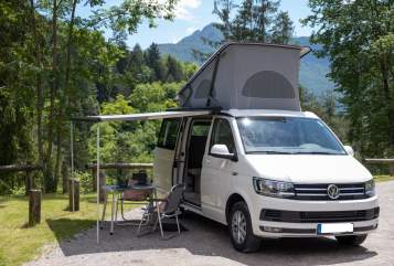 Hire a motorhome in Hannover from private owners| VW Sam California