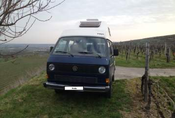 Hire a motorhome in Freiburg im Breisgau from private owners| VW Frido