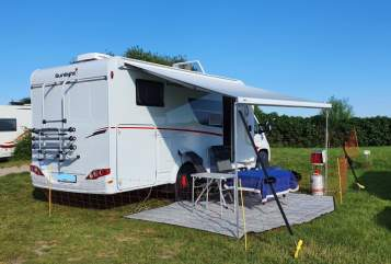 Hire a motorhome in Hamm from private owners| Sunlight Sunny