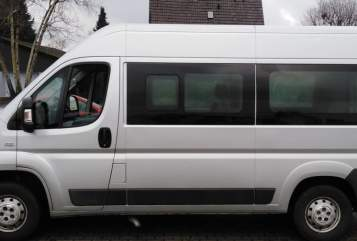 Hire a motorhome in Sassenberg from private owners| Fiat Ducato Snoopy