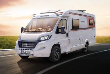 Hire a motorhome in Oberhausen from private owners| Weinsberg bed-mobil V2